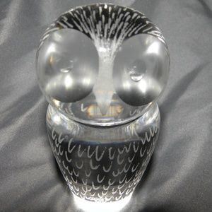 KOSTA BODA~VICKIE STRAND~FEATHERS ACID ETCHED GLAS